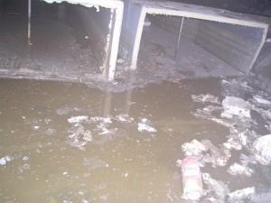 Polyester luchtkanaal, ventilatie kanaal kruipruimte, grondwater