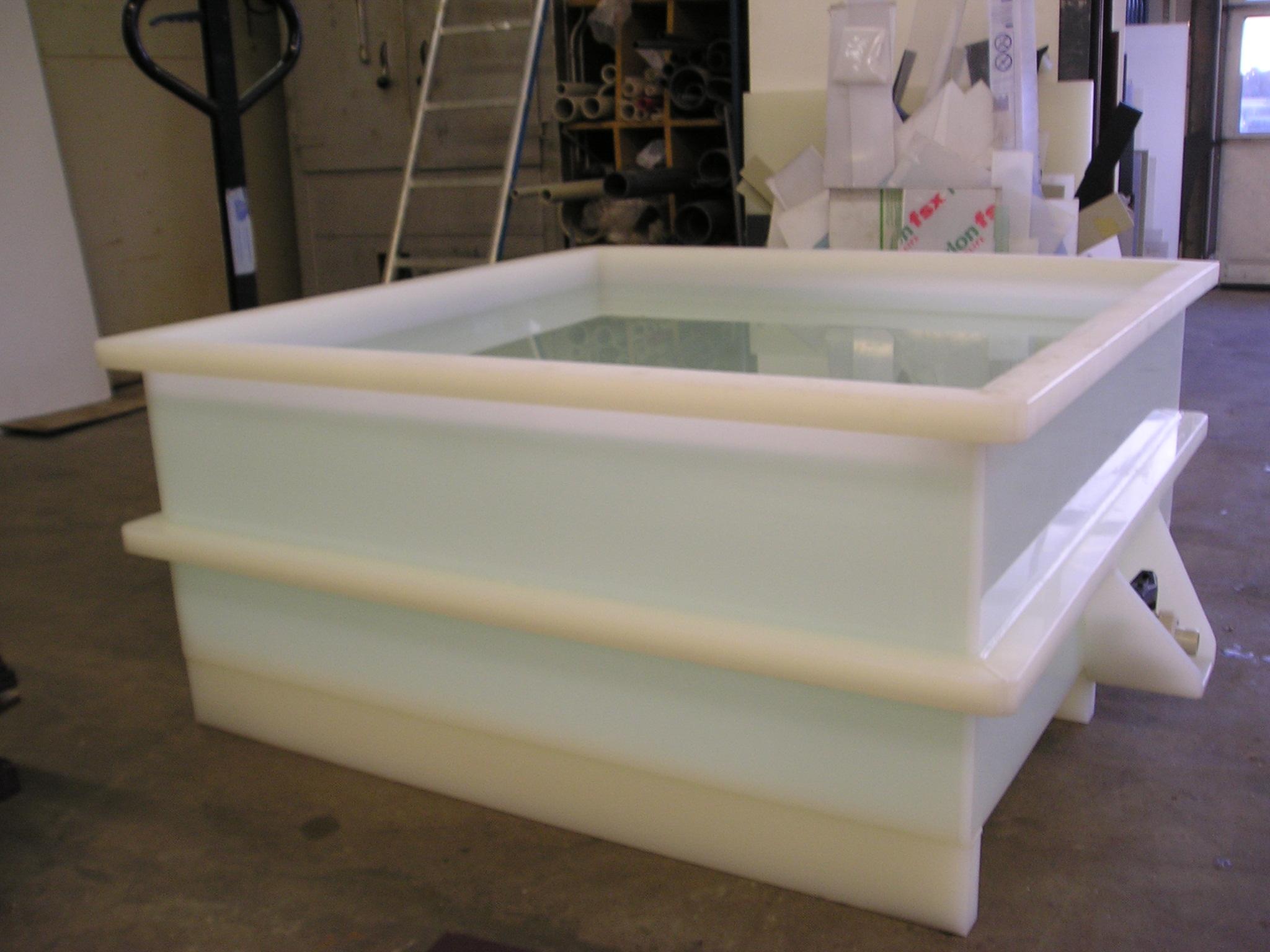 kunststof bakken op maat lever kunststoftechniek b v. Black Bedroom Furniture Sets. Home Design Ideas