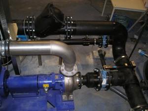vuilwaterpomp, HDPE leiding, keerbalklep