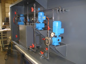 PVC-U, natriumhypochloriet, chloor bleekloog, pompkast,