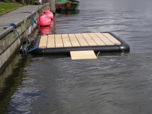 skif steiger, drijvende steiger roeiboot, kano steiger, kayak steiger