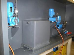 doseertanks dagtank, ontgas tankje, natriumhypochloriet, chloorbleekloog, opslagtank, dagtankje, doseertank, PVC, PVC-U